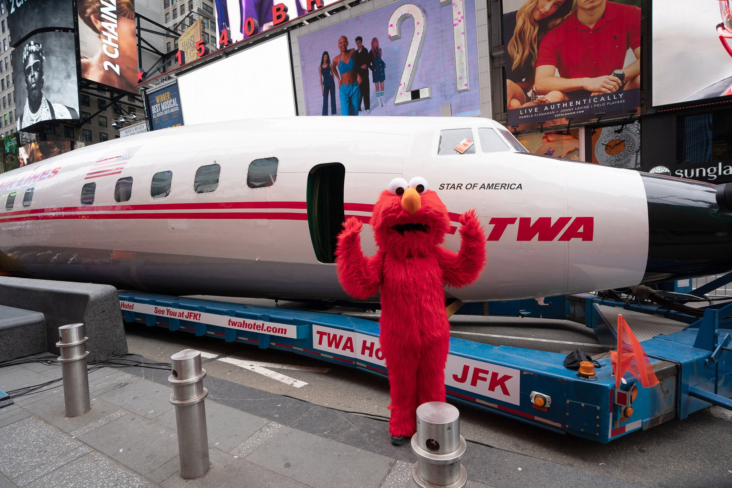 Does this plane stop on Sesame Street? Elmo visits Connie on March 23, 2019.